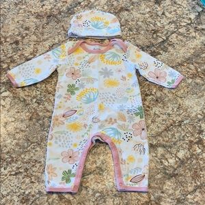 0-3 months footless sleeper with hat